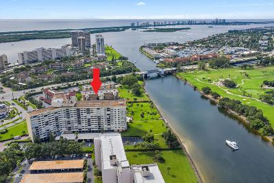 North Palm Beach Condo For Sale: 308 Golfview Road #102