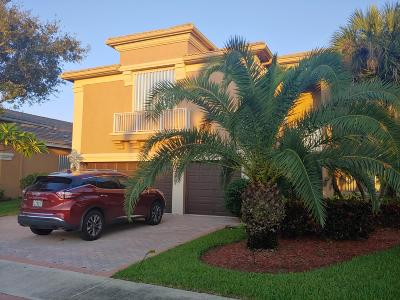Royal Palm Beach Single Family Home For Sale: 2307 Ridgewood Circle