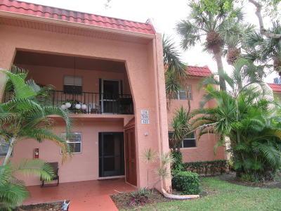 West Palm Beach Condo For Sale: Confidential Recc Drive
