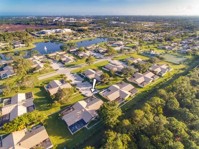 Palm Beach Gardens Townhouse For Sale: 5682 Golden Eagle Circle
