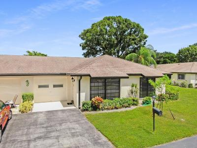 Boynton Beach Single Family Home For Sale: 4840 Greentree Lane #B