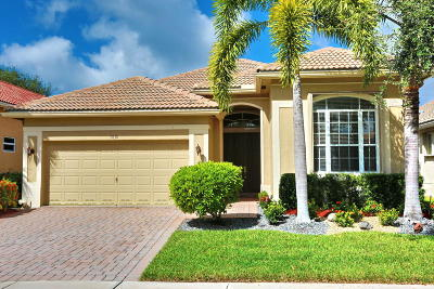 Delray Beach Single Family Home For Sale: 7838 Monarch Court