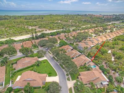 Jupiter Single Family Home For Sale: 104 Knoll Way