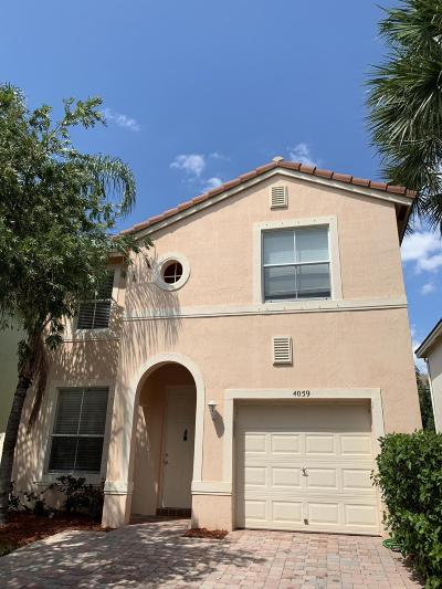 West Palm Beach Single Family Home For Sale: 4059 Lake Tahoe Circle