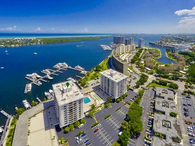 North Palm Beach Condo For Sale: 1208 Marine Way #607