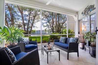 Palm Beach Gardens Condo For Sale: 134 Cypress Point Drive