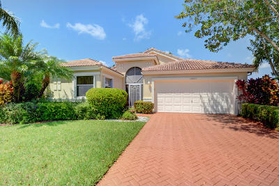 Boynton Beach Single Family Home For Sale: 10853 Crystal Key Lane