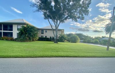 Martin County Condo For Sale: 18 SE Turtle Creek Drive #18e