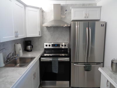 Deerfield Beach FL Condo For Sale: $69,000