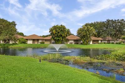 Palm Beach Gardens Townhouse For Sale: 710 Club Drive