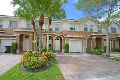 Delray Beach Townhouse For Sale: 4448 Regal Court