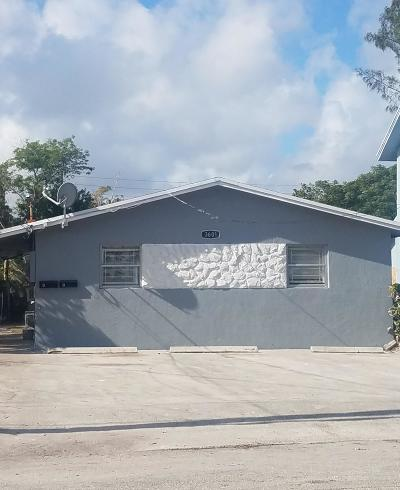 West Palm Beach Multi Family Home For Sale: 3601 Pinewood Avenue #A