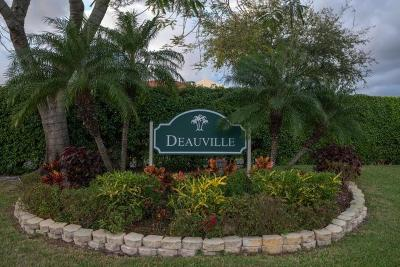Delray Beach Condo For Sale: 14823 Cumberland Drive #206