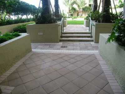 West Palm Beach Rental Leased: 403 S Sapodilla Avenue #115