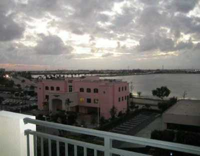 West Palm Beach Rental Leased: 616 Clearwater Park Road #601