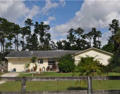 Loxahatchee Single Family Home Contingent: 13557 E Citrus Drive