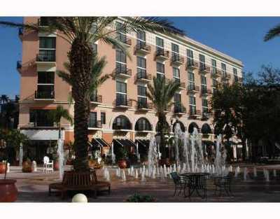 101 Clematis, 101 Lofts, 101 Lofts Condominium, 101 Loft Condominium, 101 Loft, 101 Lofts Condo, 101 Lofts Condominium Unit 403, 101 Lofts On The Waterfront, 101 N Clematis Rental Leased: 101 Clematis Street #300