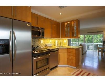 Palm Beach Rental Leased: 250 Bradley Place #203