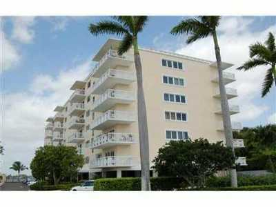 Palm Beach Rental Leased: 250 Bradley Place #402