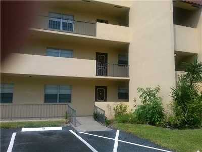 West Palm Beach Rental Leased: 1630 Embassy Drive #211