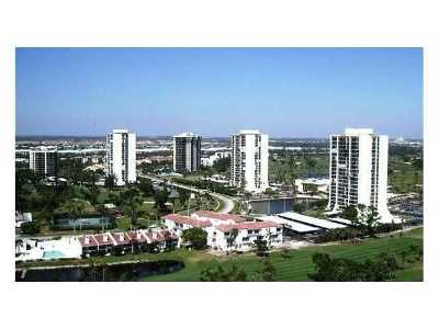 West Palm Beach Rental Leased: 2000 Presidential Way #604