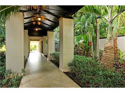West Palm Beach Rental Leased: 1830 Embassy Drive #102