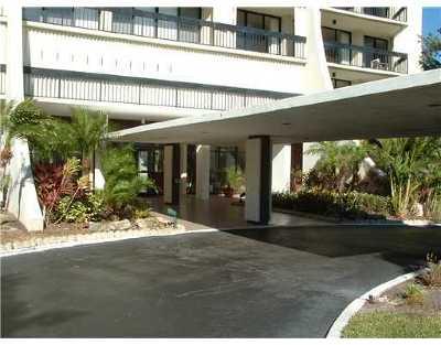 West Palm Beach Rental Leased: 2000 Presidential Way #1906