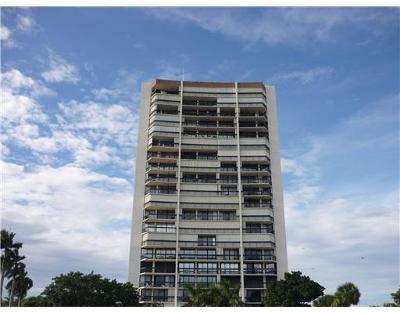 West Palm Beach Rental Leased: 2000 Presidential Way #Apt 1406