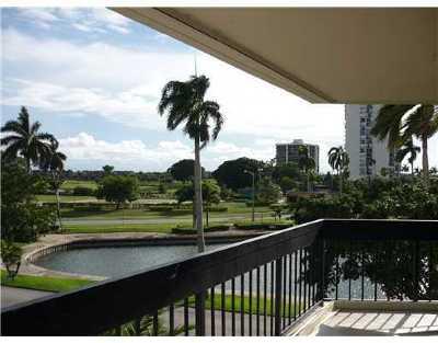 West Palm Beach Rental Leased: 2000 Presidential Way #Apt 306