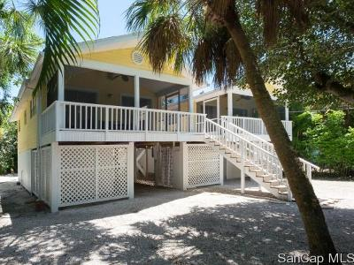 Sanibel Single Family Home For Sale: 746 Cardium St