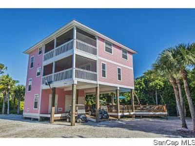 Captiva Single Family Home For Sale: 4540 Hidden Ln