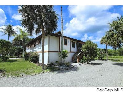 Sanibel Single Family Home For Sale: 813 Rabbit Rd