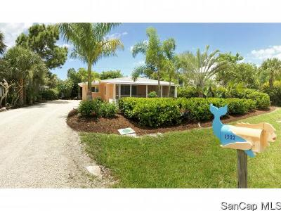 Sanibel Single Family Home For Sale: 1327 Tahiti Dr
