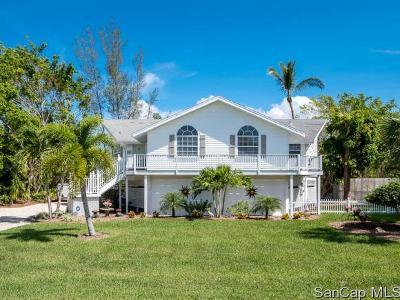 Sanibel Single Family Home For Sale: 970 Sand Castle Rd