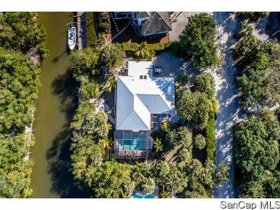 Sanibel Single Family Home For Sale: 542 N Yachtsman Dr