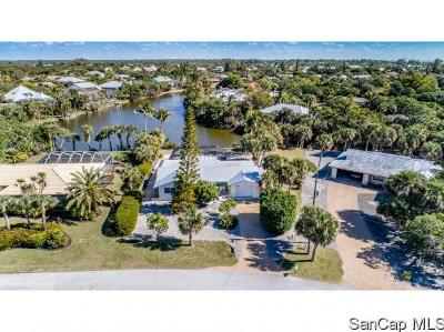 Sanibel Single Family Home For Sale: 3837 Coquina Dr