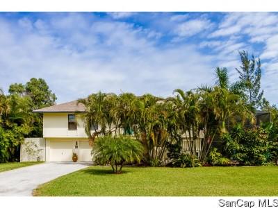 Sanibel Single Family Home For Sale: 962 Sand Castle Rd