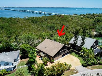 Sanibel Single Family Home For Sale: 974 Sand Castle Rd