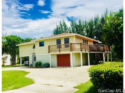 Sanibel Single Family Home For Sale: 1304 Sand Castle Rd