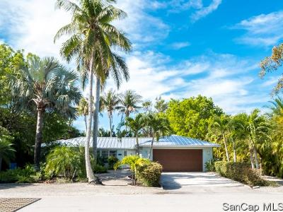 Sanibel Single Family Home For Sale: 1066 Sand Castle Rd