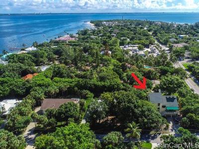 Sanibel FL Single Family Home For Sale: $649,000