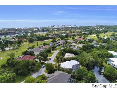 Sanibel FL Single Family Home For Sale: $629,000