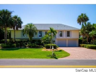Sanibel FL Single Family Home For Sale: $738,000