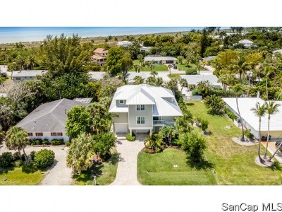 Sanibel Single Family Home For Sale: 1345 Tahiti Dr