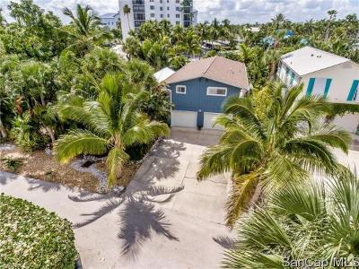 Fort Myers Beach Single Family Home For Sale: 128 Gulfview Ave