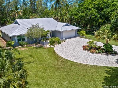 Sanibel Single Family Home For Sale: 1717 Sand Pebble Way