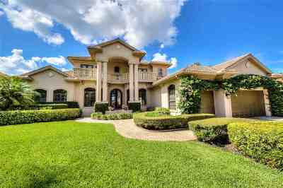 Fort Myers Single Family Home For Sale: 11371 Longwater Chase Ct