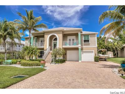 Fort Myers Single Family Home For Sale: 18050 Parkridge Cir
