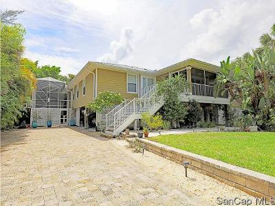 Sanibel Single Family Home For Sale: 725 Donax St