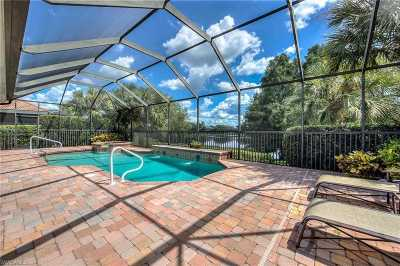 Fort Myers Single Family Home For Sale: 8901 Crown Colony Blvd